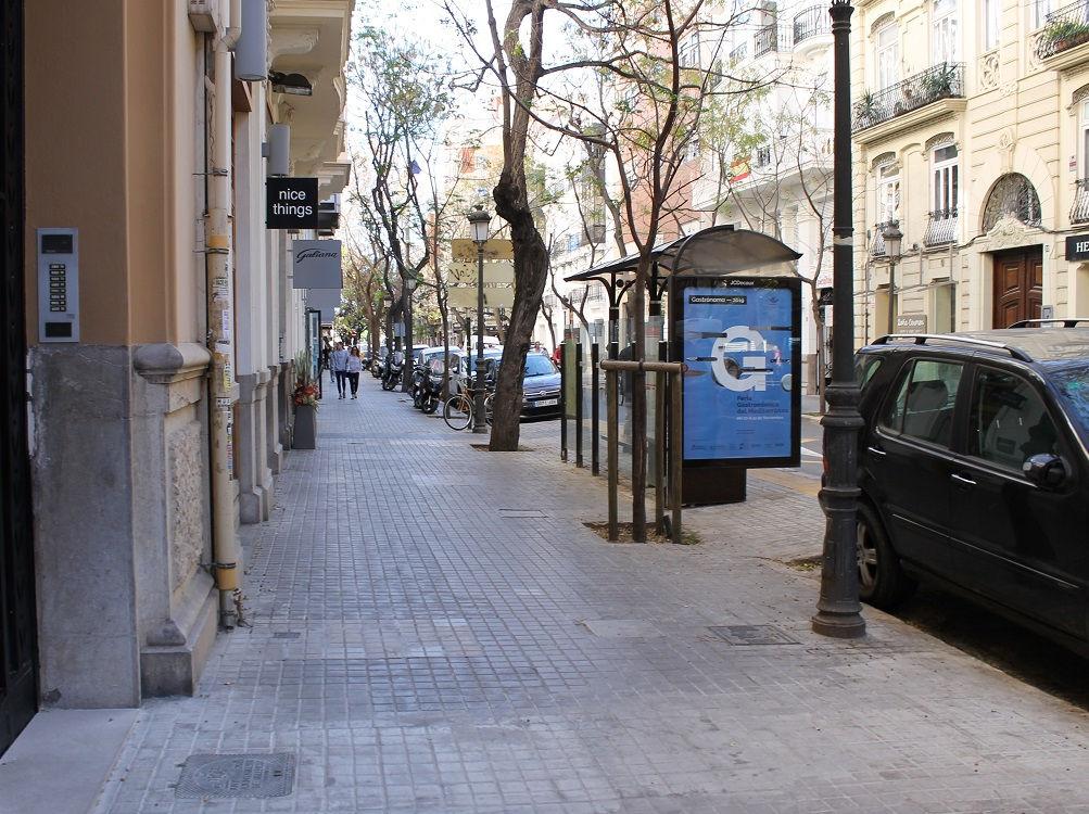 publicidad exterior, publicidad mobiliario urbano